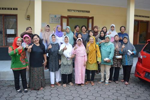 Seluruh Anggota Kelompok 381 Warga Satu RT