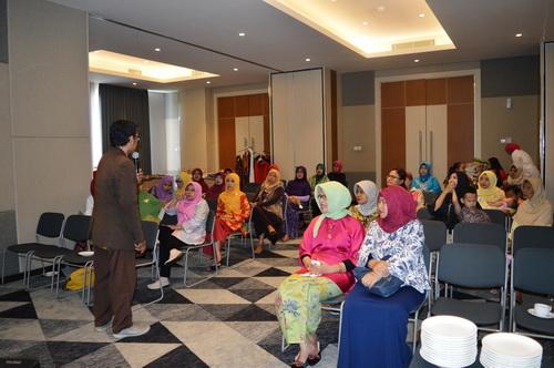 HUT Kelompok 466 Adakan Seminar