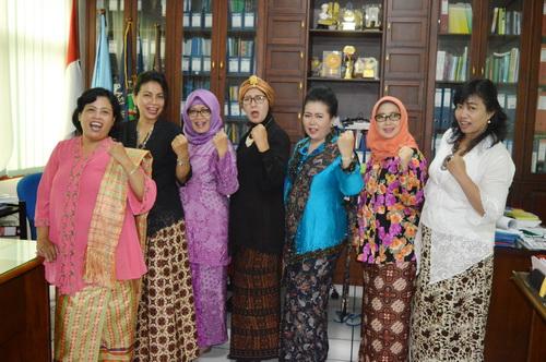 Kebahagiaan Warga SBW di Hari Kartini