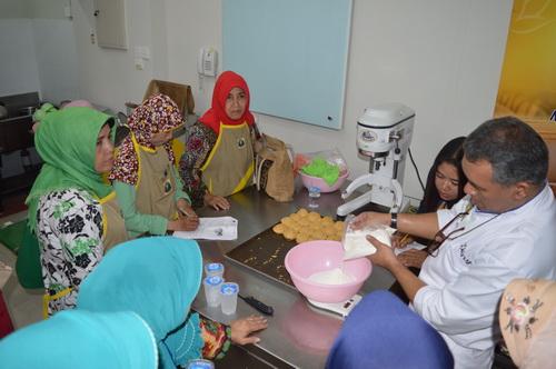 Memahami Bahan Hingga Praktik Membuat Kue