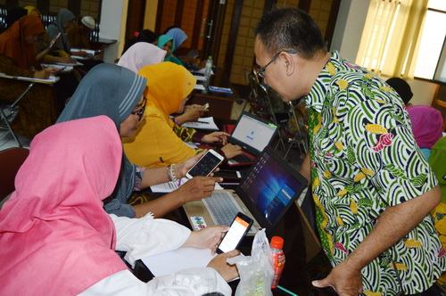 Peserta Membawa Pendamping di Pelatihan Marketing Online